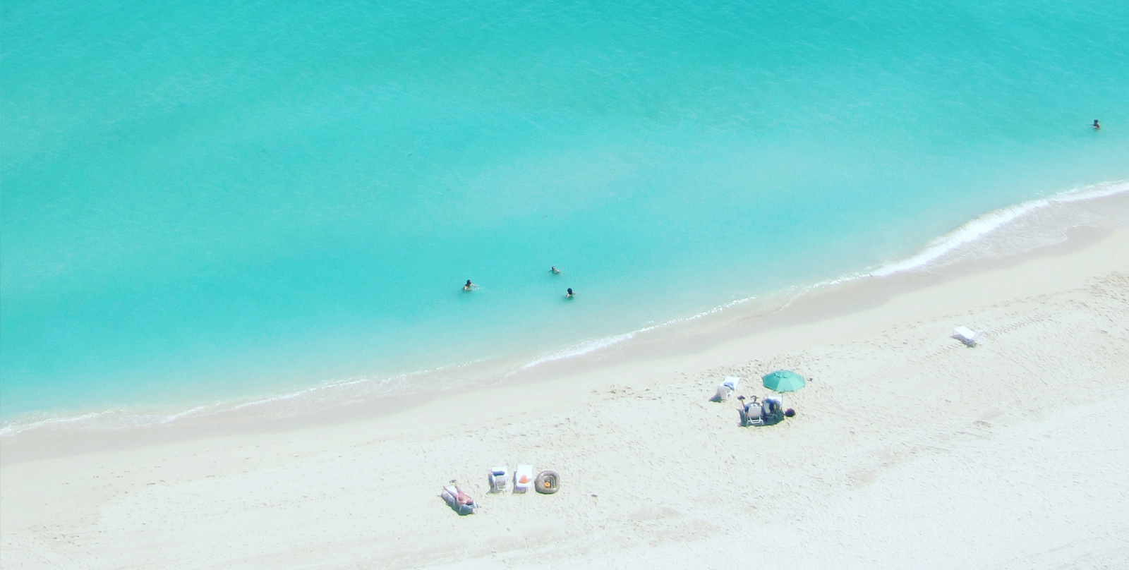 Der Strand und das Wasser am Miami Beach