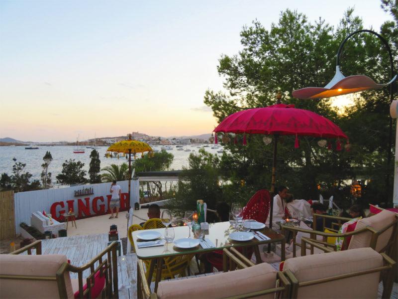 Sa Punta Ibiza Restaurant Ginger mit Ausblick auf Dalt Vila