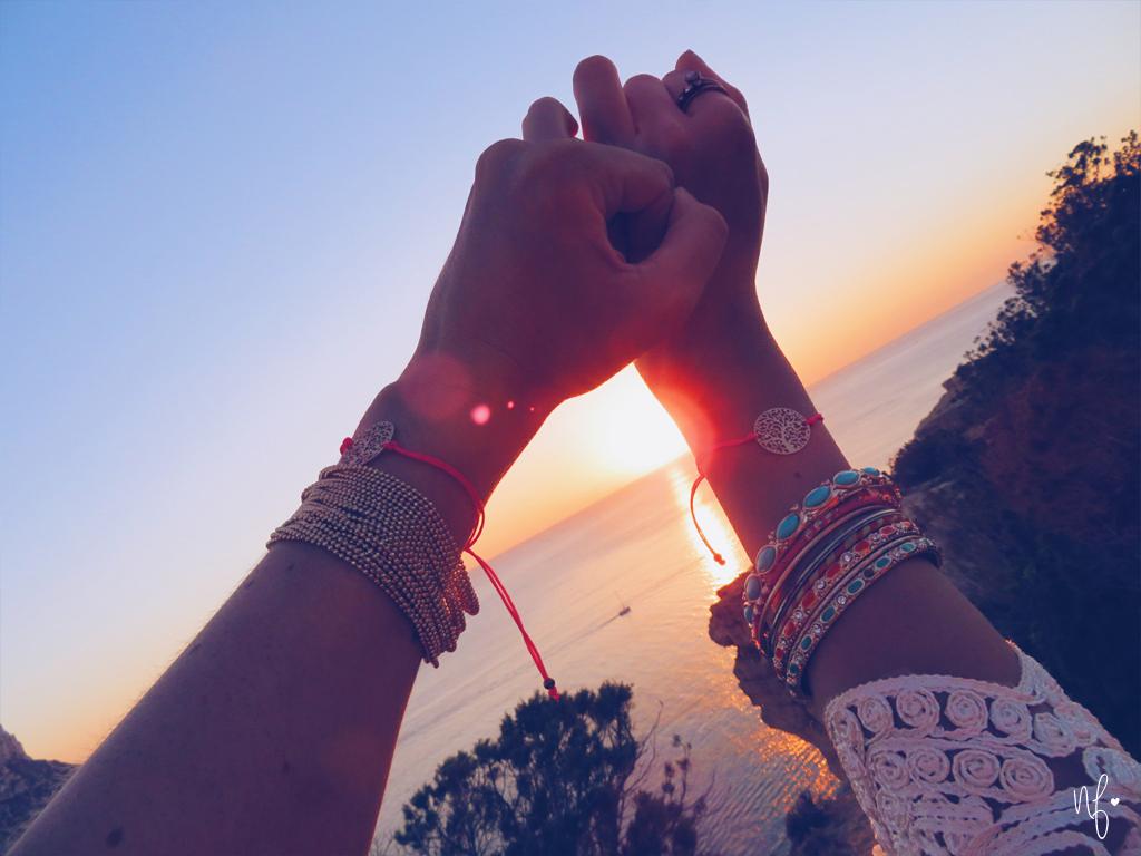 Hände Freundinnen Sonnenuntergang