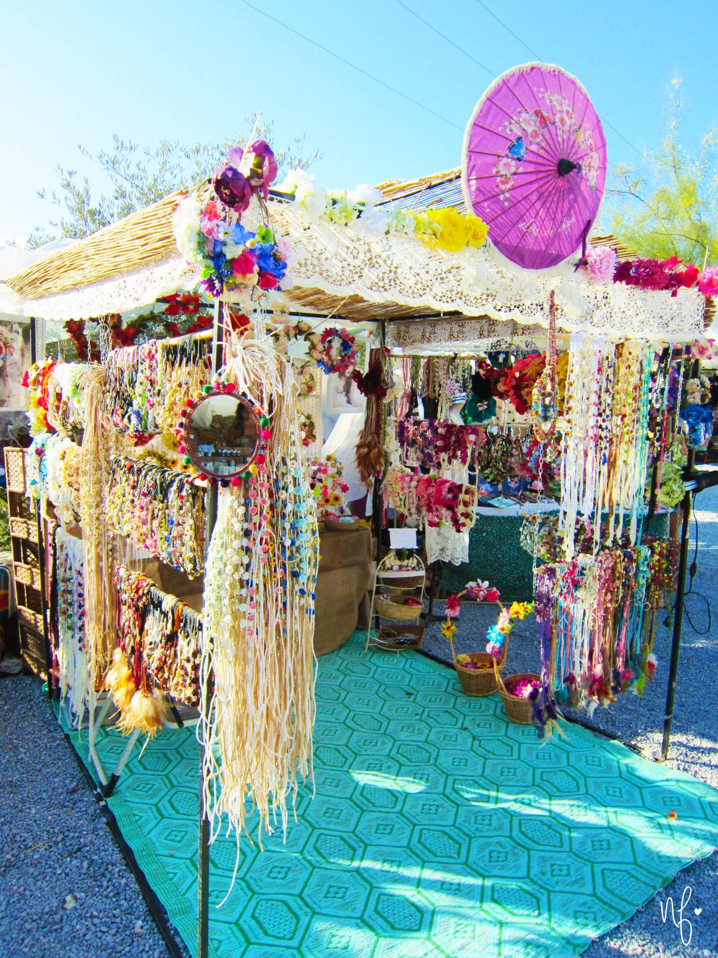 Hippiemarkt Las Dalias Ibiza Blumenkränze