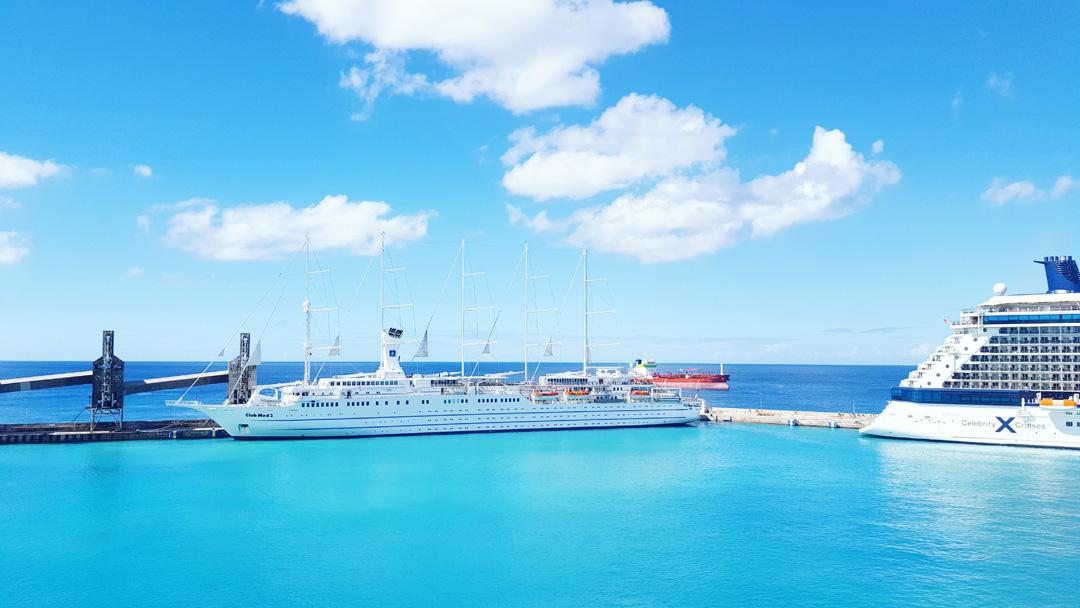 Karibik Kreuzfahrt Barbados Hafen Segelschiff