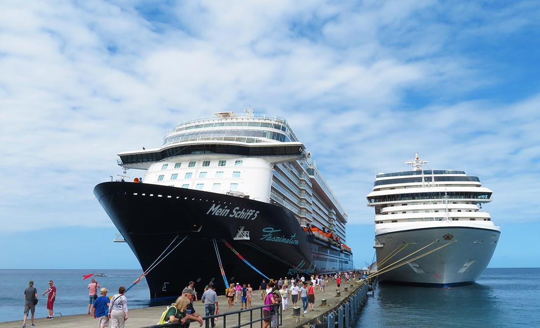 Schiffe im Hafen von Grenada