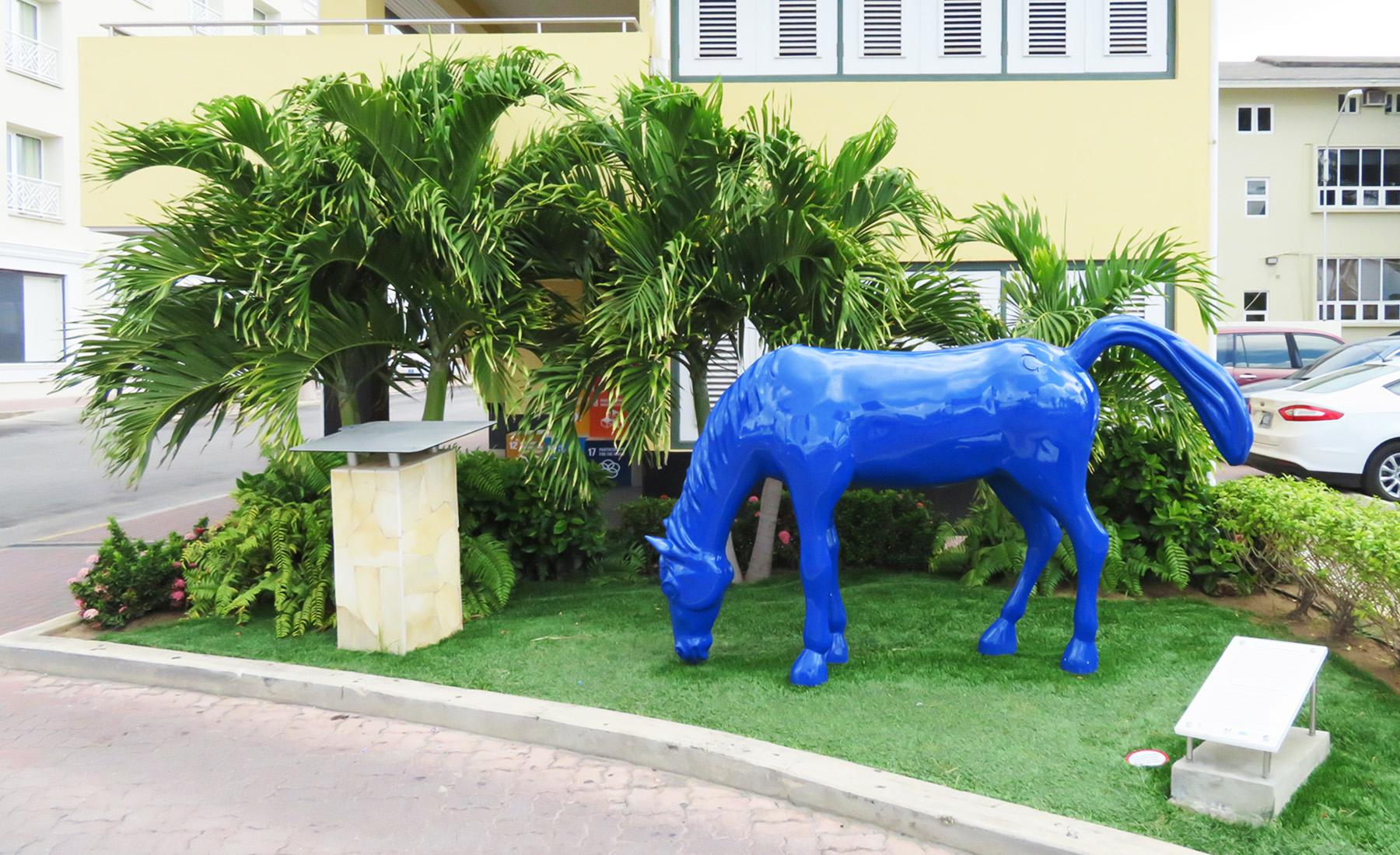 Karibik Kreuzfahrt Aruba blaue Pferde Wahrzeichen