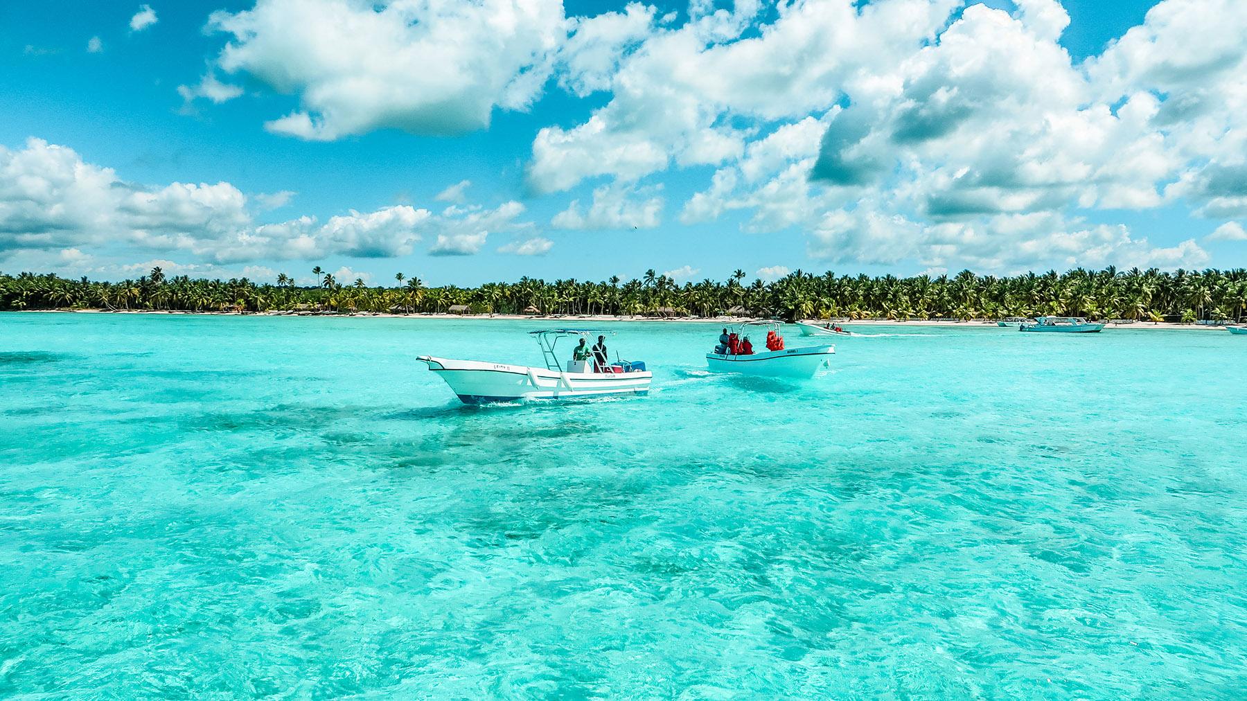 Dominikanische Republik Isla Saona Pool Boote