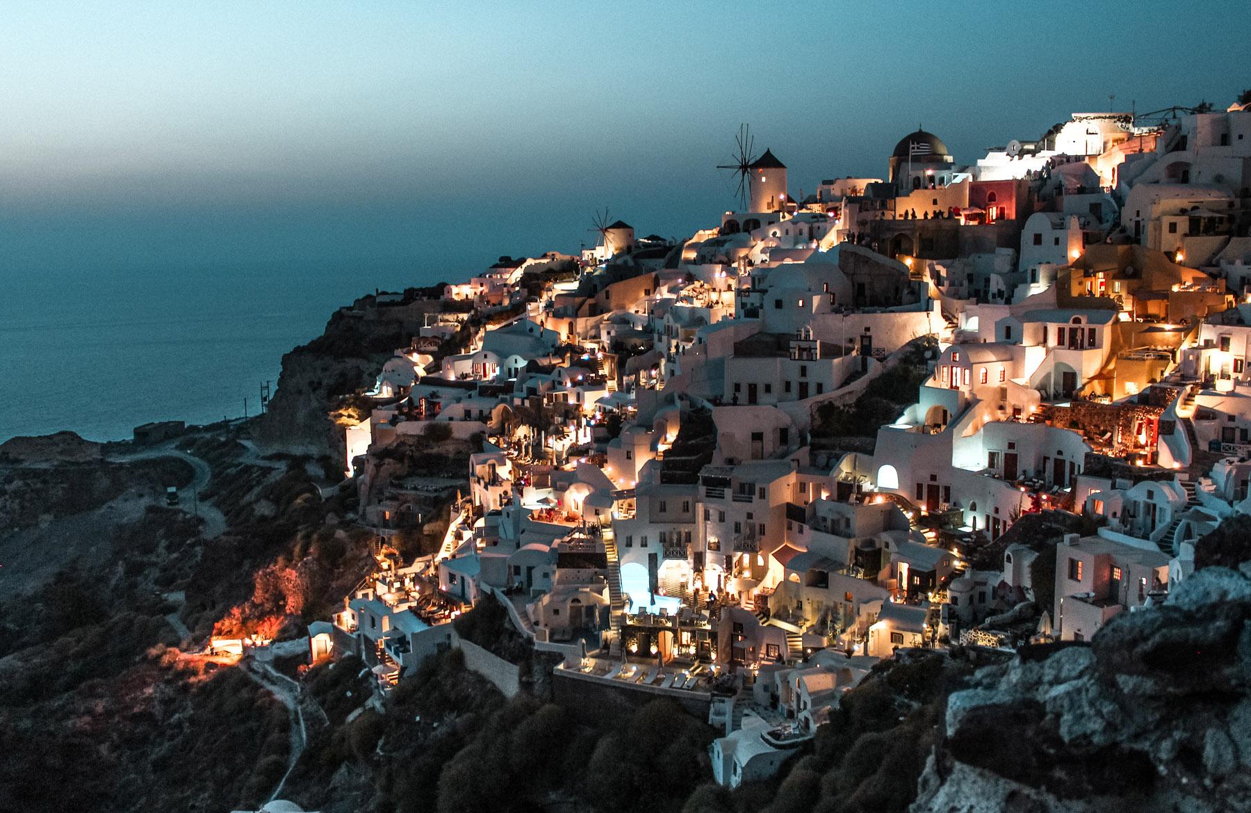 Santorini Oia Sonnenuntergang Stadt