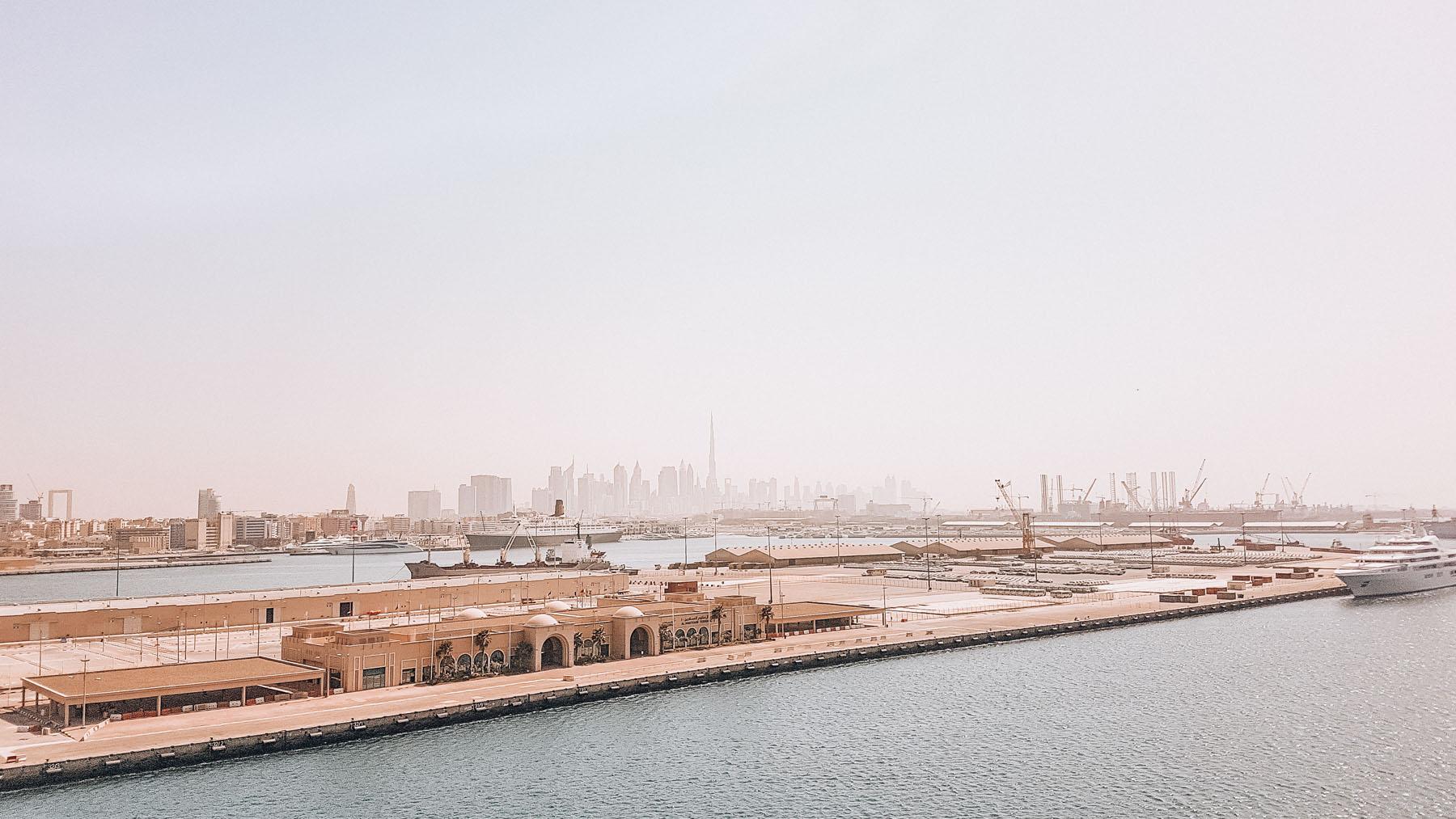 Orient Kreuzfahrt Anreise Dubai Hafen