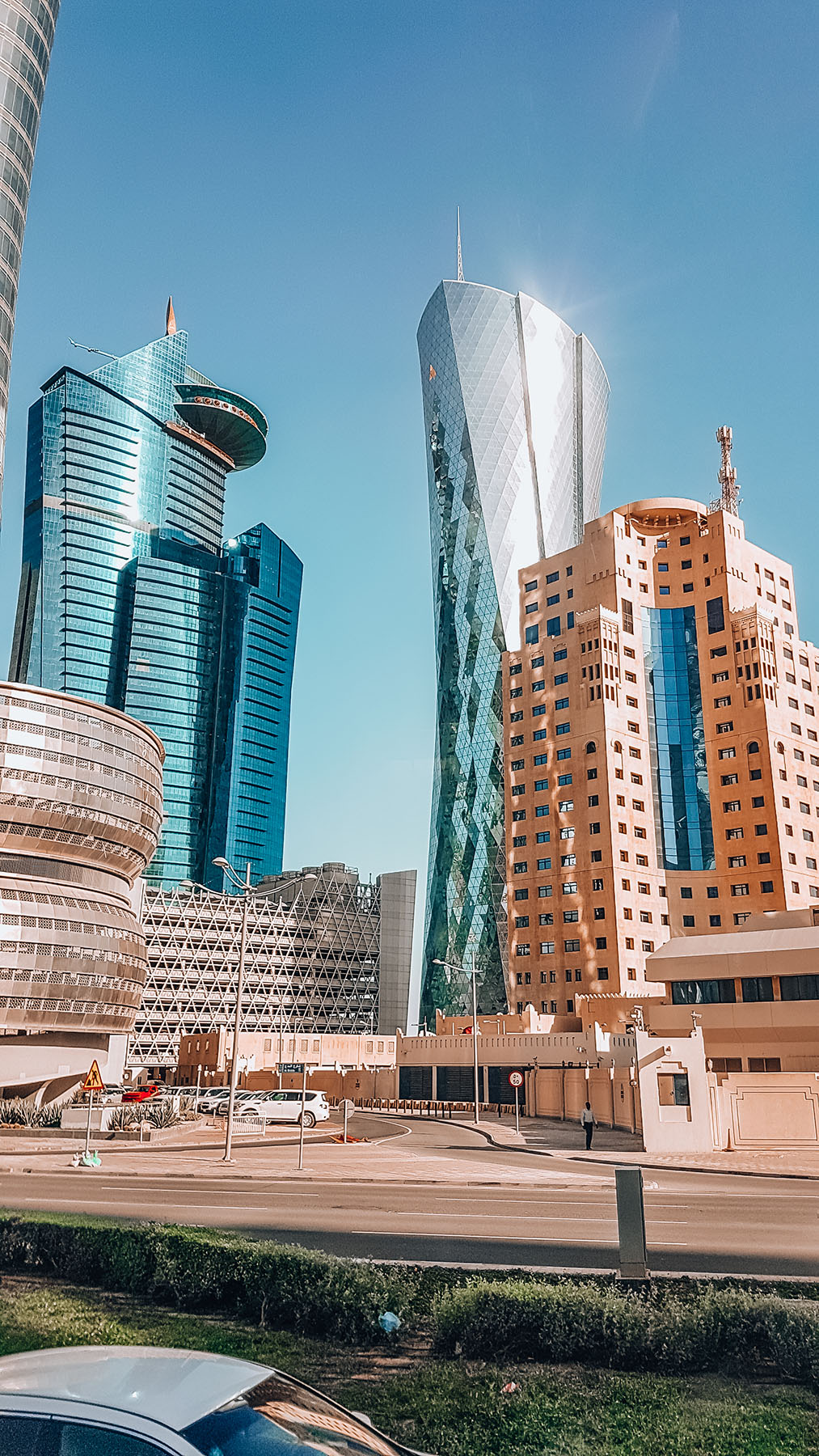 Orient Kreuzfahrt Doha Katar Ausflug Hochhäuser