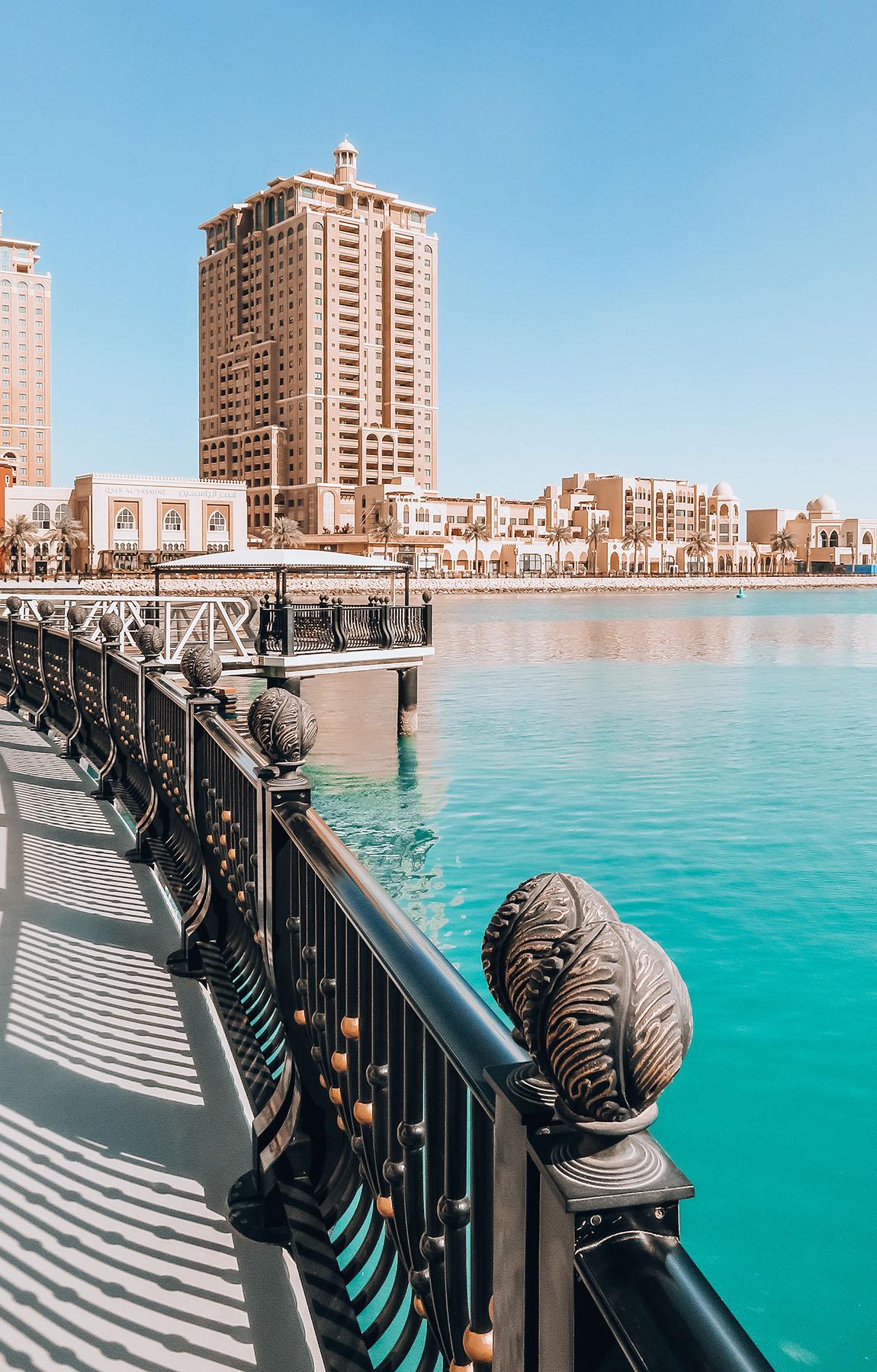 Orient Kreuzfahrt Doha Katar The Pearl Hafen