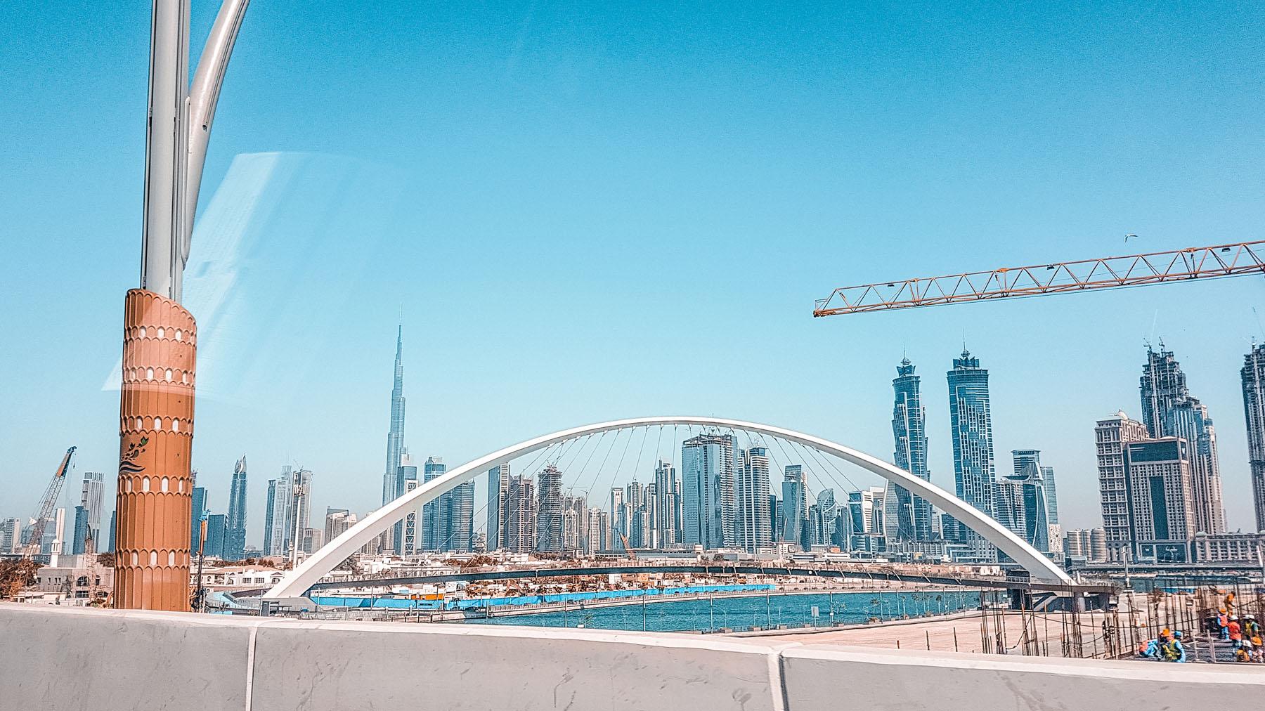 Orient Kreuzfahrt Taxi fahren in Dubai Ausblick