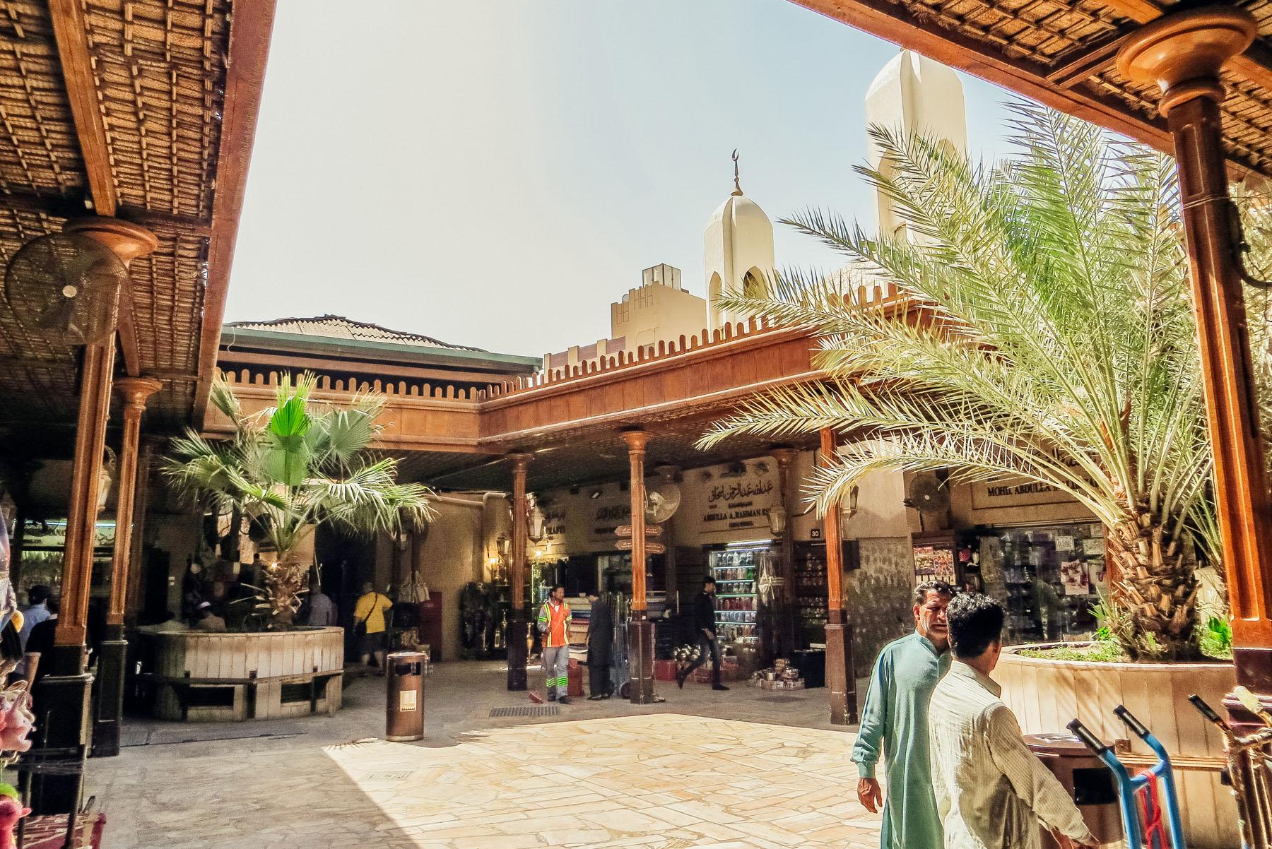 Orient Kreuzfahrt Dubai Gold Souk traditionell