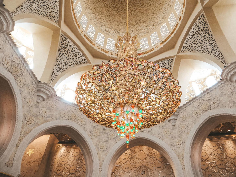 Orient Kreuzfahrt Abu Dhabi Scheich Zayid Moschee Kronleuchter