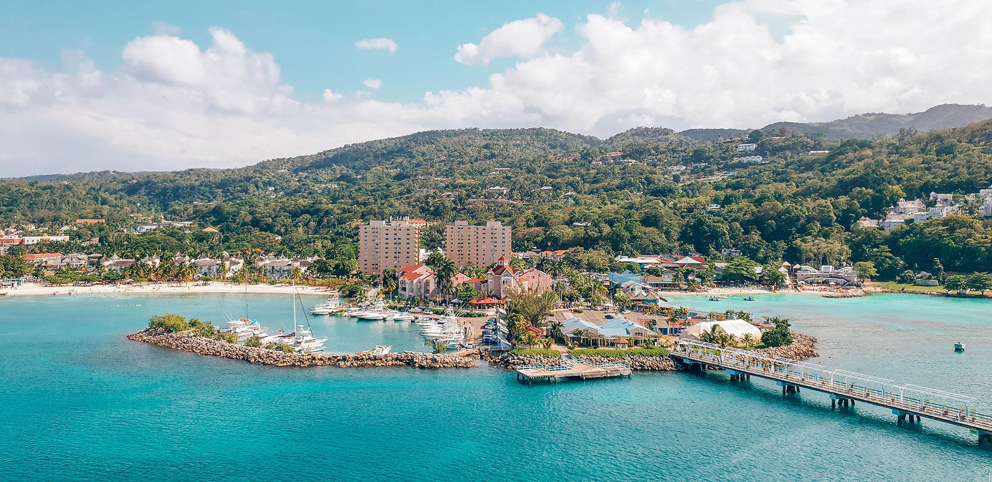 Mittelamerika Kreuzfahrt Ocho Rios Jamaika Hafen