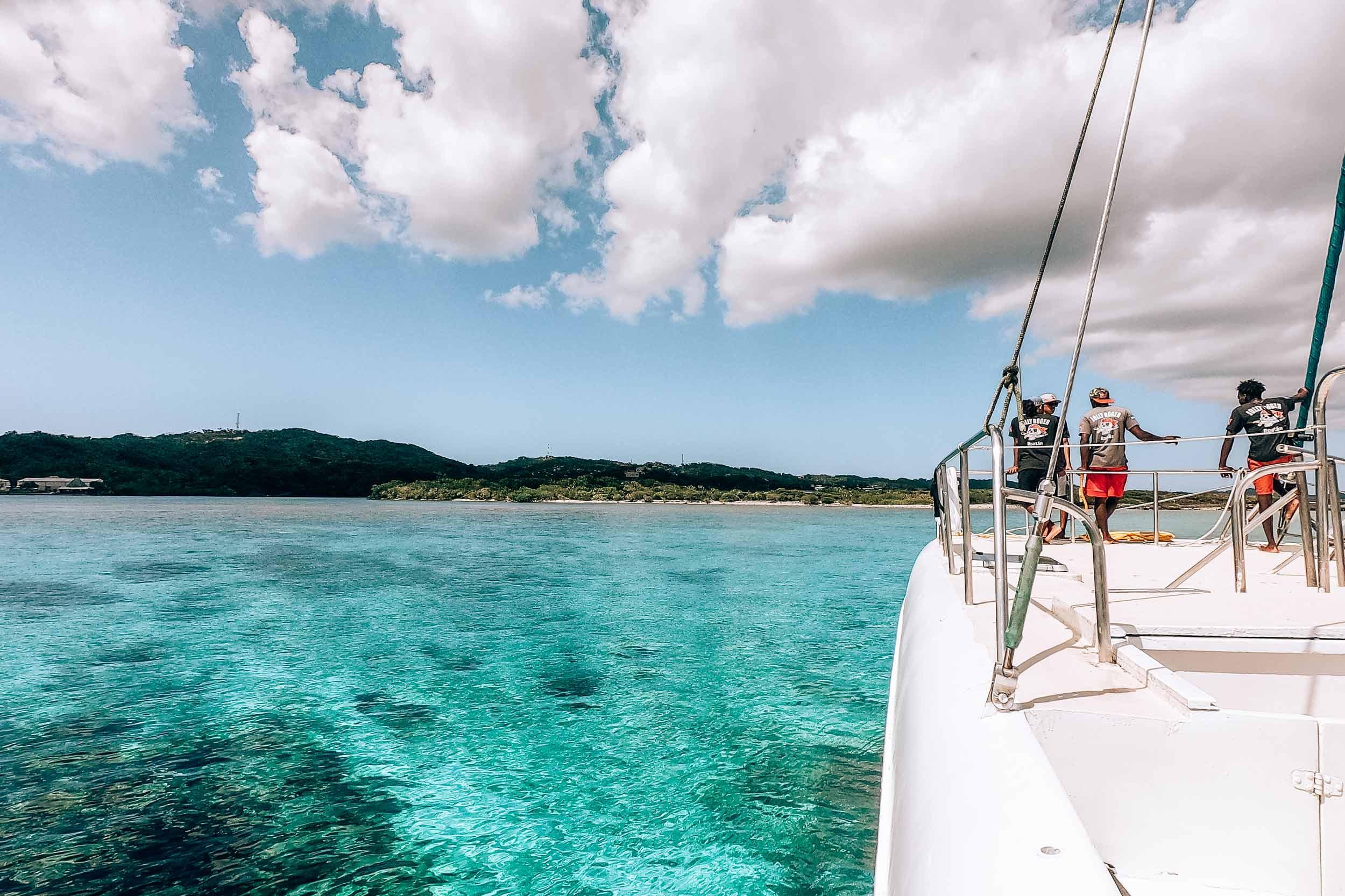 Mittelamerika-Kreuzfahrt-Roatan-Honduras-Ausflug-Katamaran-Schnorcheln