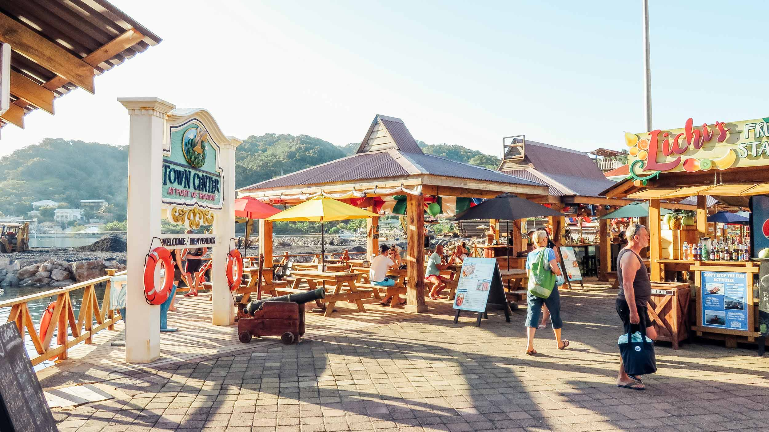 Mittelamerika-Kreuzfahrt-Roatan-Honduras-Town-Center