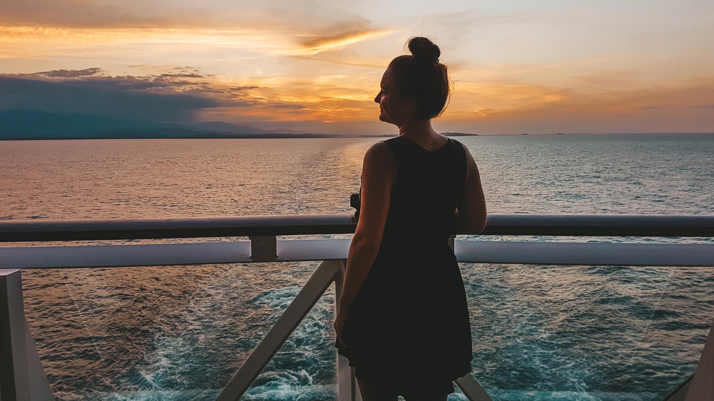 Mittelamerika Kreuzfahrt Costa Rica Sonnenuntergang