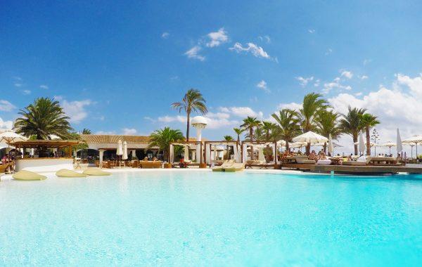 Destino Pacha Ibiza Hotel Pool